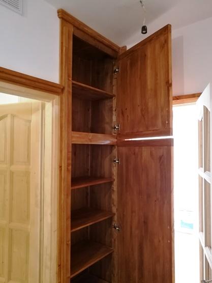 beépített előszoba bútor
