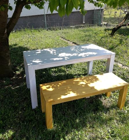 egyedi rusztikus asztal és pad